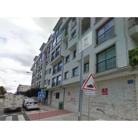 Local Comercial en Pontevedra - A Parda: Estrada / Juan Carlos I